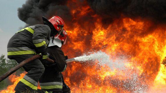 El Ayuntamiento de Salamanca incorpora al Parque de Bomberos un novedoso sistema para descontaminar los equipos de trabajo con ozono