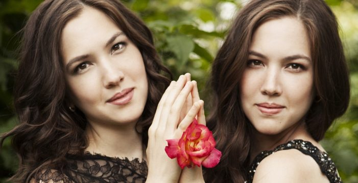 Las pianistas Christine y Michelle Naughton ofrecen un concierto en el Teatro Liceo