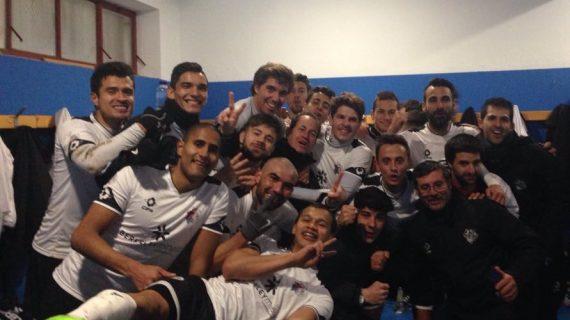El Salmantino vence en Ávila (1-2)