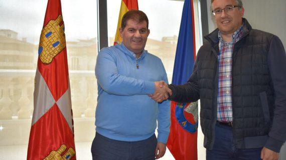 Guijuelo y Jabugo se unen para defender el jamón ibérico