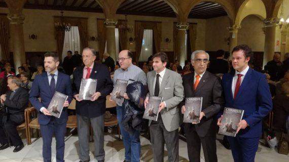 Presentada 'Christus', la revista oficial de la Semana Santa salmantina