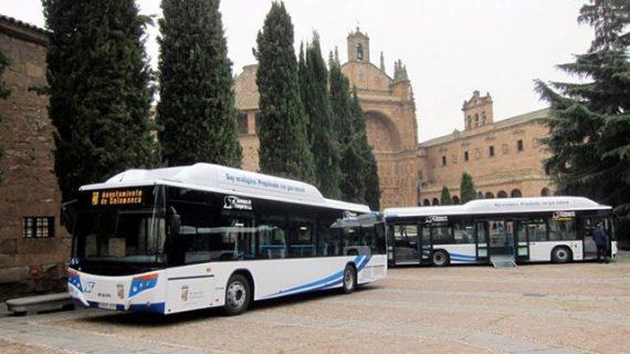 El Ayuntamiento incorpora tres nuevos buses urbanos
