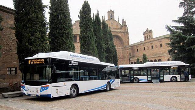 Hoy habrá servicios mínimos de autobuses con motivo de la huelga