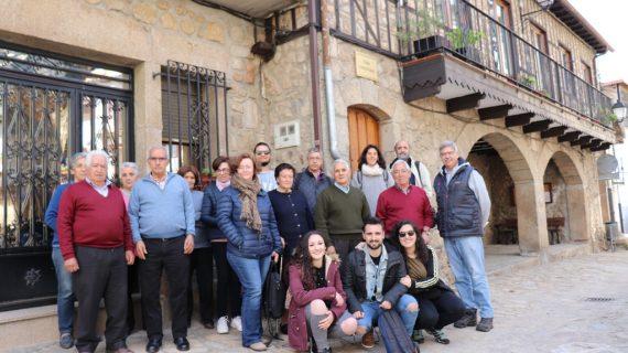 El IDES y la USAL desarrollan un Taller sobre el Patrimonio de la Tradición con mayores de Herguijuela de la Sierra