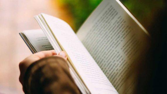 La Feria del Libro reúne a una treintena de librerías