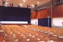 La biblioteca municipal Torrente Ballester acoge mañana un espectáculo de danza-teatro
