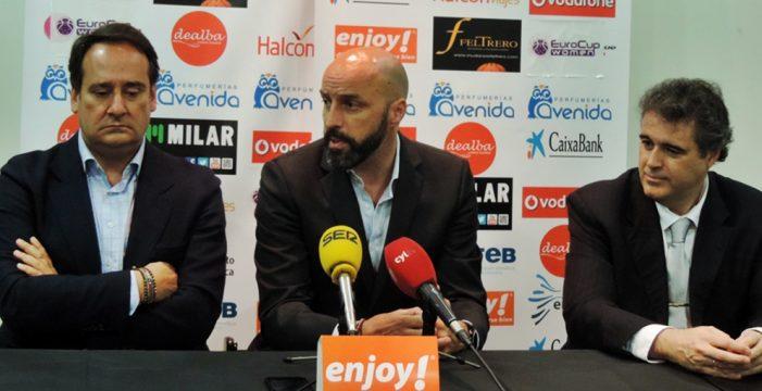 Lino López destituído como entrenador de Perfumerías Avenida