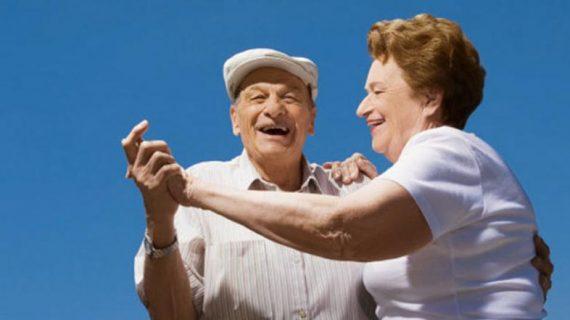 Se extiende el programa de bailes de verano para mayores a los barrios salmantinos