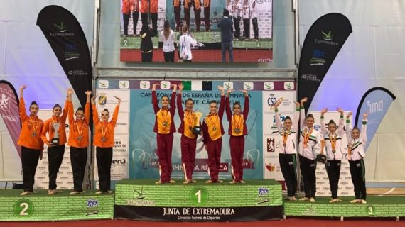 La gimnasta salmantina Valeria Carballo, campeona de España