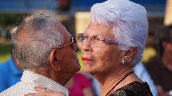 Los más mayores podrán disfrutar un año más de las sesiones de baile al aire libre