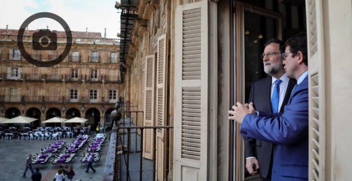 Mariano Rajoy disfrutó de los encantos de Salamanca y recibió el afecto de sus gentes