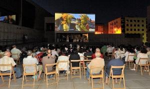 Vuelve el cine al aire libre y las actividades de verano en las bibliotecas municipales
