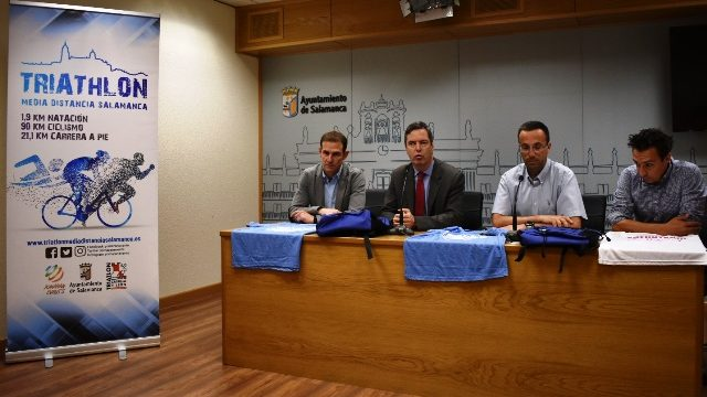 El Triatlón Media Distancia Salamanca reunirá a 380 participantes