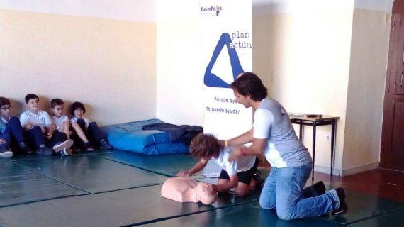 Los niños también aprenden cómo actuar en caso de emergencia