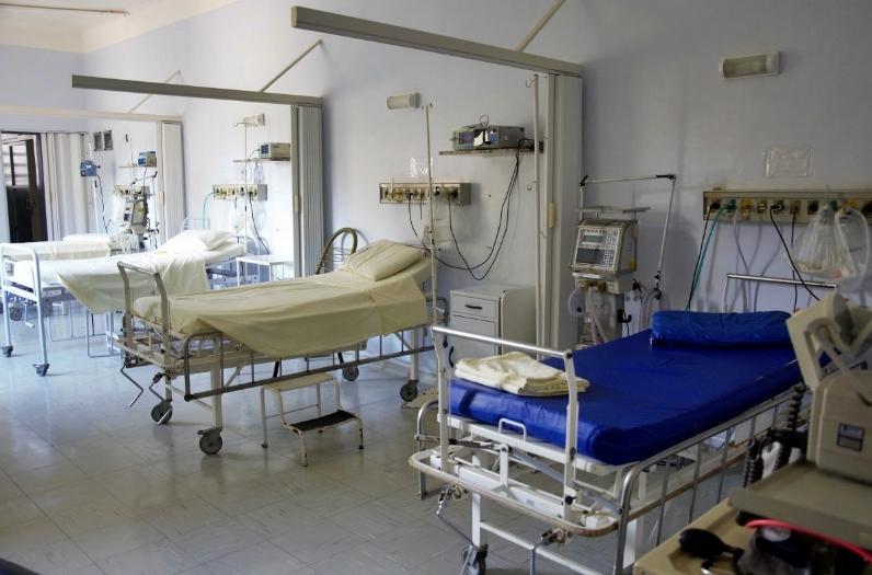 """El Sindicato de Enfermería denuncia """"los recortes de verano"""" que supondrán el cierre de 40 camas en el Hospital de Salamanca"""