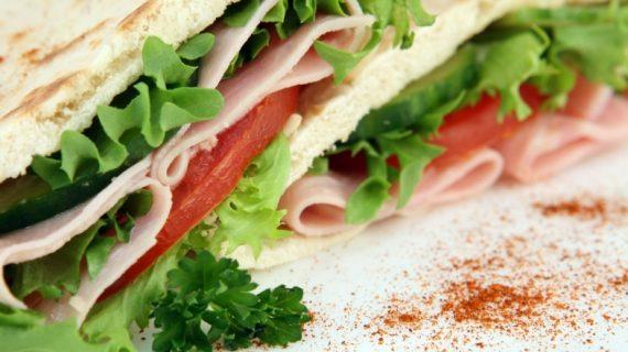 Los alumnos del CEIP Miróbriga elaboran un menú saludable con productos de calidad de Castilla y León