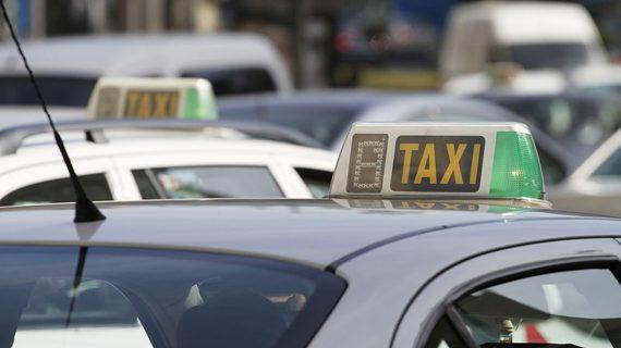 Más taxis adaptados para transporte de personas con movilidad reducida en Salamanca
