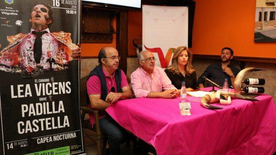 Padilla, Castella y Lea Vicens, cartel de 'campanillas' en Vitigudino