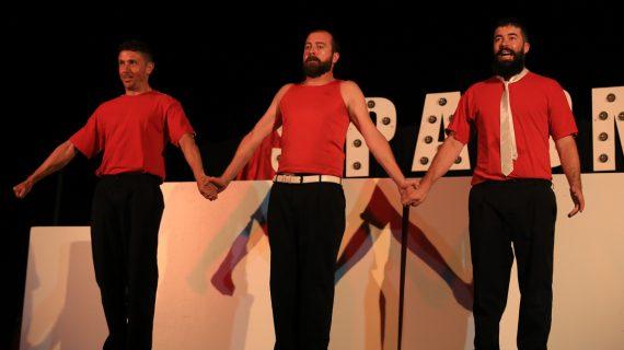Spasmo Teatro inaugura la Semana Cultural de Carbajosa