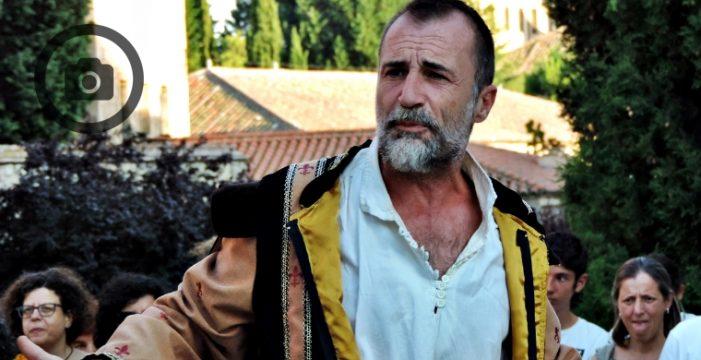 """Alfonso Mendiguchía: """"Salamanca, Los Absurdos Teatro y el verano es un triángulo equilátero perfecto"""""""