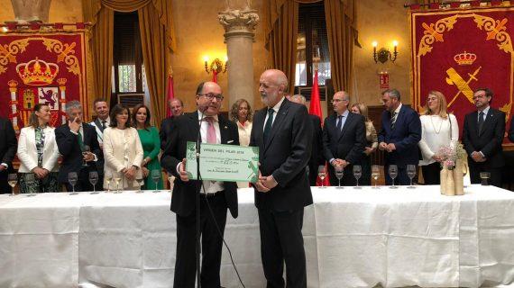 La Guardia Civil dona casi 8.000 euros a Proyecto Hombre como colofón a su semana festiva