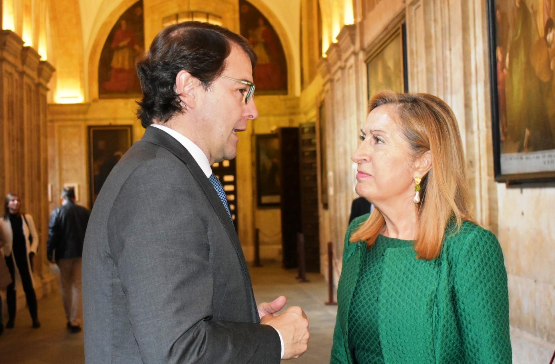 Ana Pastor, en la UPSA: 'es necesario no permitirse retrocesos e involuciones cediendo a falsas promesas de discursos populistas o nacionalistas'