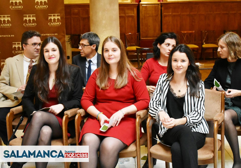 Ordenado filete Preguntarse  La AECC Salamanca ayuda con 600.000 euros a siete jóvenes investigadores