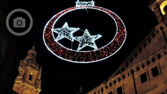 Salamanca ya luce muy navideña