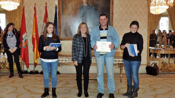 107 desempleados recogen su diploma acreditativo tras los cursos de formación realizados