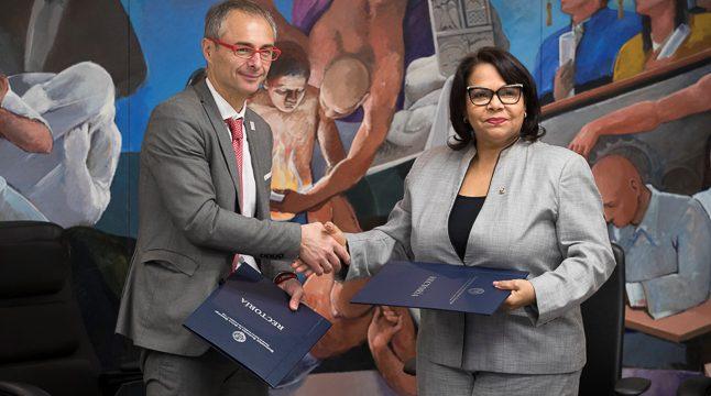 La USAL une fuerzas con la Universidad Autónoma de Santo Domingo para formar doctores internacionales en Gestión Pública