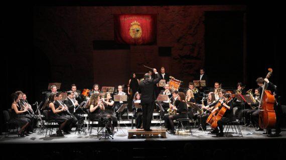 La Banda Municipal ofrecerá su tradicional concierto de Navidad con la actuación de dos tenores y una soprano