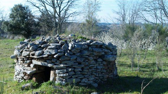 La Diputación solicita que las edificaciones de piedra seca de la provincia se cataloguen como Patrimonio inmaterial por la UNESO