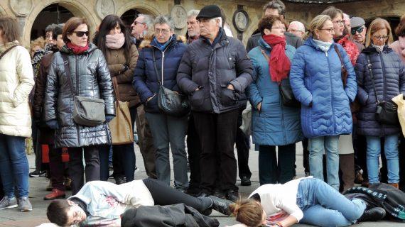 El debate a pie de calle en Salamanca se inclina por endurecer las leyes contra violadores y asesinos