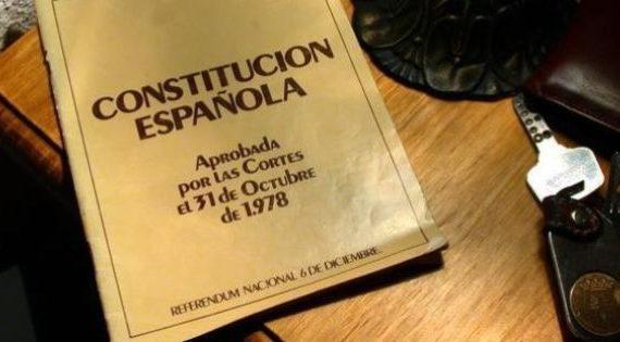 La Constitución, a debate en la Universidad de Salamanca
