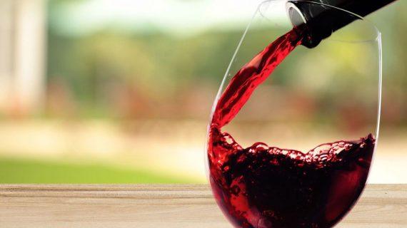 Solucionamos el dilema de con qué vinos acompañar nuestras comidas de Navidad