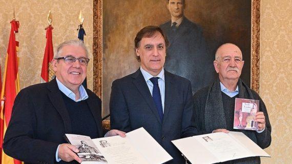 Entregados los Premios Ciudad de Salamanca de Poesía y Novela a Tomás Hernández y Julián Granado
