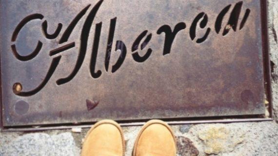 Iker Casillas y Sara Carbonero disfrutan de La Alberca entre amigos