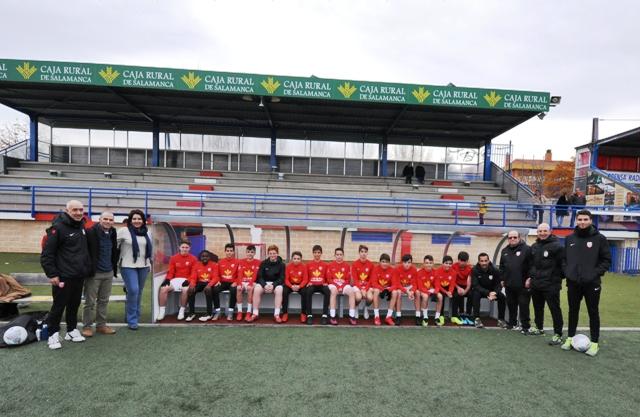 El estadio Alfonso San Casto de Santa Marta estrena banquillos y porterías
