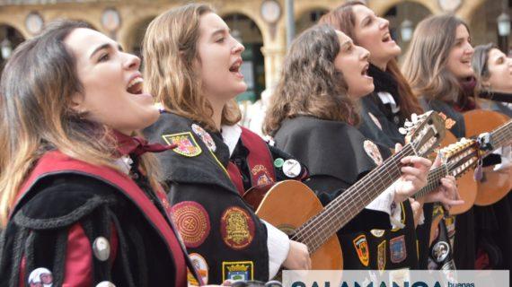 La Tuna Femenina de la Universidad de Salamanca celebra sus 25 años de vida