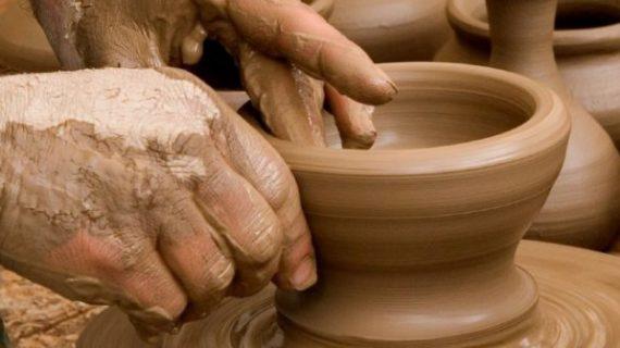 Santa Marta oferta el curso de modelado en barro y vaciado en escayola