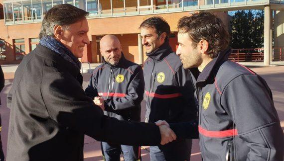 El alcalde felicita a los bomberos y a la Policía Local de Salamanca tras las intervenciones realizadas durante el último temporal