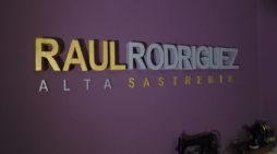 Raúl Rodríguez, el sastre salmantino de los toreros