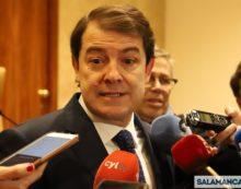Mañueco: 'El programa de gobierno de Sánchez es malo para España'